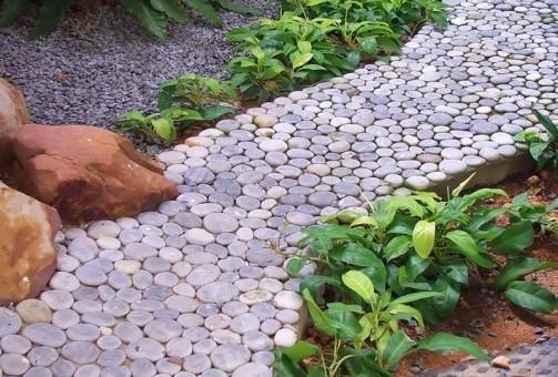 Decora tu jard n con piedras ideas para jardines y - Como poner piedras en el suelo del jardin ...