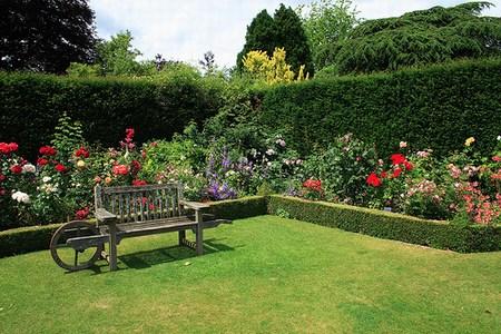 Jardines del colegio nacional quisapincha for Jardines paisajismo imagenes