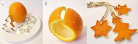 Adornos navideños con naranjas