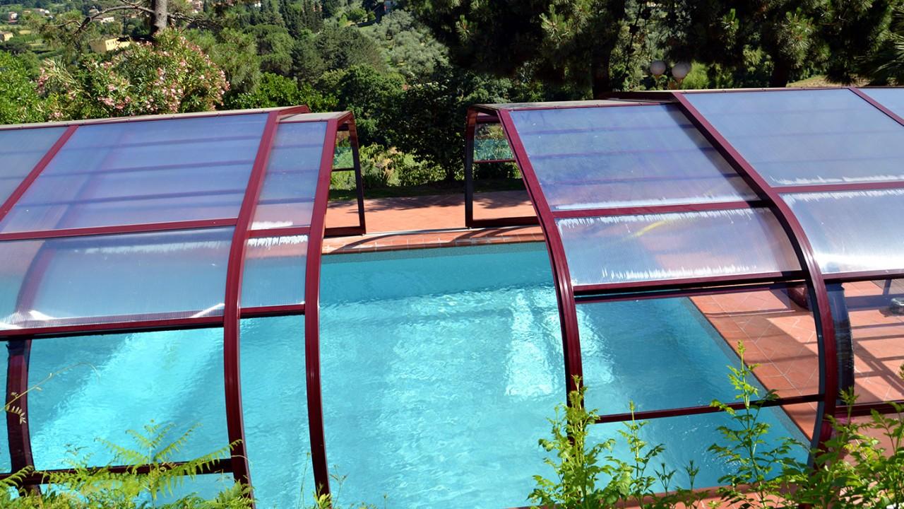 Cubierta telescópica para piscina modelo Ibiza de Abrisol