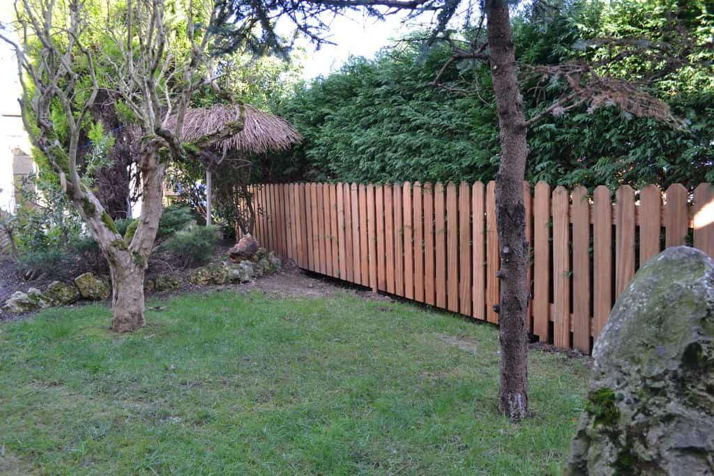 Proteger el jard n y darle intimidad - Vallas de plastico para jardin ...