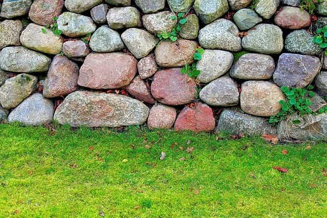Muro con piedras