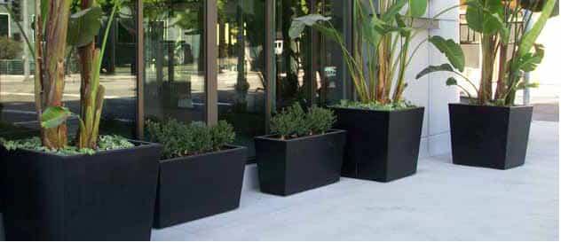 Macetas de fibra de vidrio y resina para tus plantas