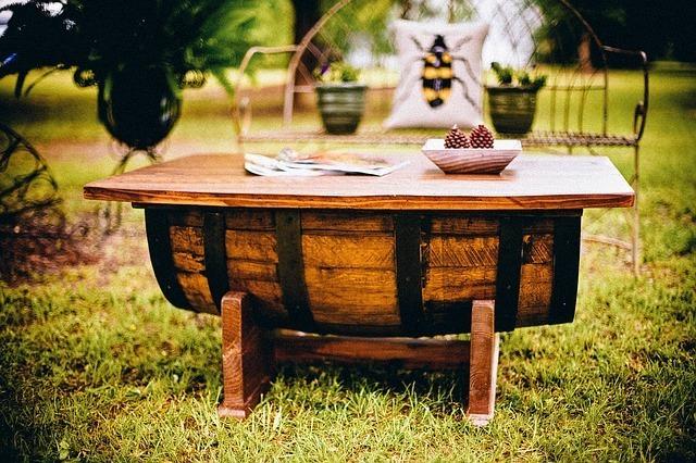 Proteger muebles de madera del jardín 1