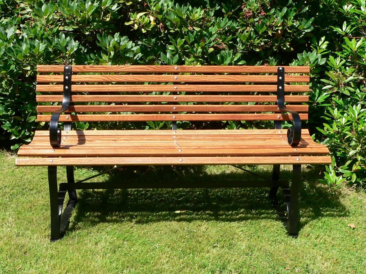 Proteger muebles de madera del jardín 2