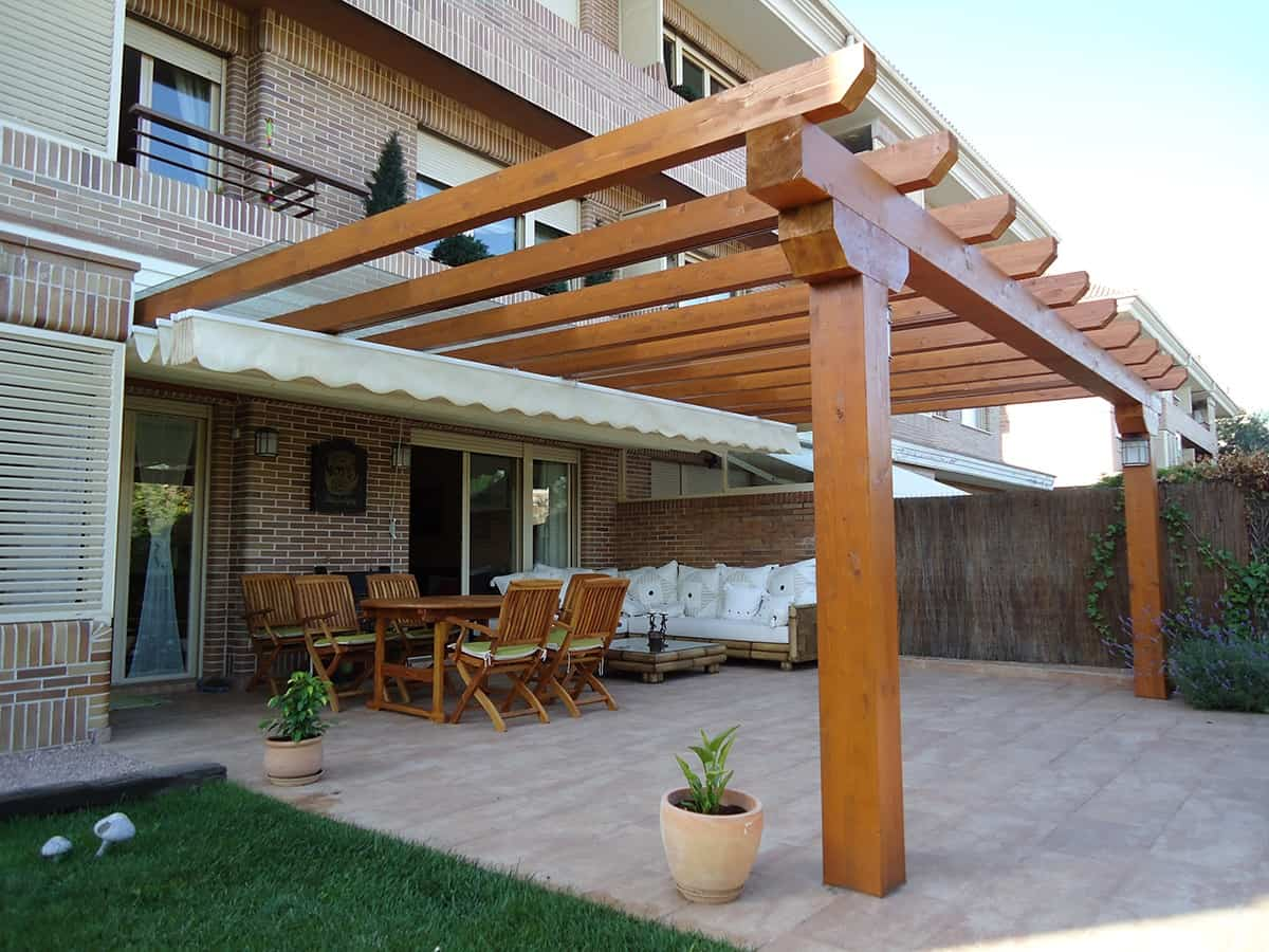 Consejos a la hora de decorar una p rgola de madera ideas para jardines y decoraci n for Photos de pergolas