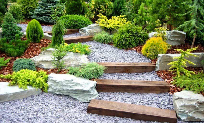 decorar el jardin con piedras