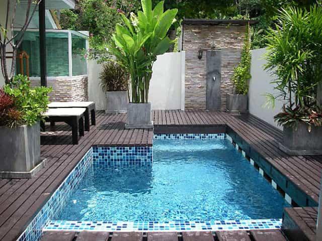 piso madera piscina
