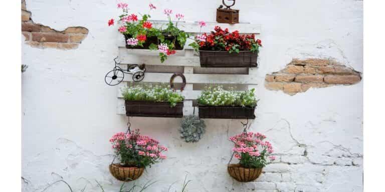 Jardines verticales para cambiar la cara a tu balcón