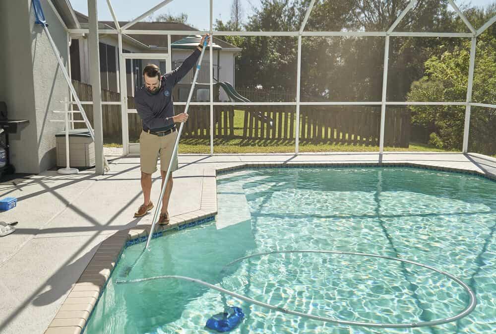 El cuidado de la piscina