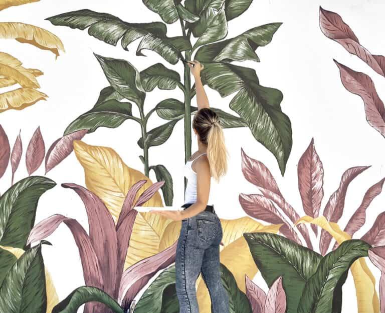 Adorna las paredes de tus zonas exteriores con un mural pintado a mano
